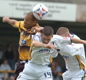 <b>Boston United 2-2 Mansfield Town 27-08-2005</b><br>Selection of 9 items
