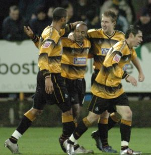 <b>Boston United 4-1 Swindon Town 16-11-2005</b><br>Selection of 8 items