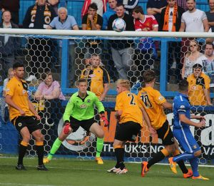 Gainsborough Trinity 1-0 Boston United 29/08/2015 (Selection of 20 Items)
