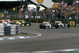 1992 British Grand Prix, Silverstone. Patrese leads Mansell in their Williams FW14B