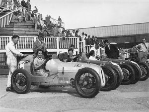 Kaye Petre Austin 7 team Brooklands 1937