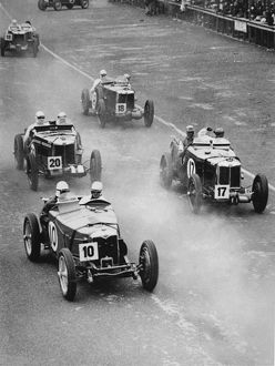 Ulster TT 1933 MG magnettes and Riley (front) car 17 Tazio Nuvolari