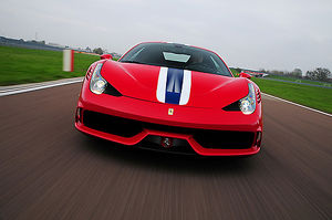 Ferrari 458 Speciale 2013 Red with stripes