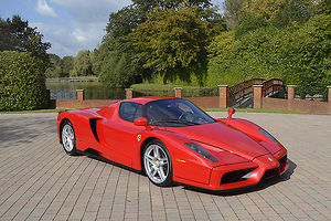 Ferrari Enzo 2004 Red