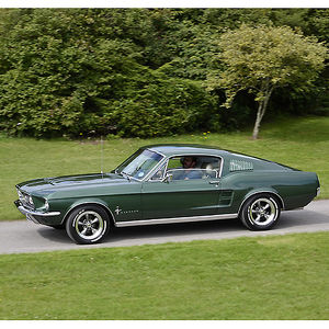 Ford Mustang 4.7 V8 Fastback 1967 Green metallic