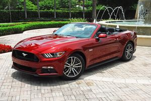Ford Mustang GT Convertible 2015 Red metallic