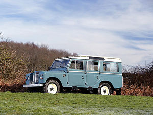 Land Rover Series 2 1964 Blue & white