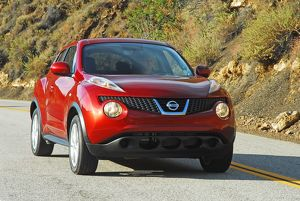 Nissan Juke 2011 Red metallic