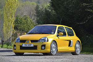 Renault Clio V6 2006 Yellow metallic