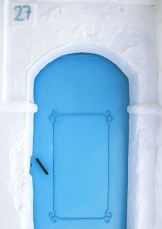 architecture/africa morocco chefchaouen blue door white
