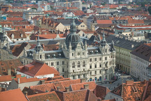 AUSTRIA-STYRIA (Stiermark)- GRAZ: Town View with Town Hall (Rathaus) from the