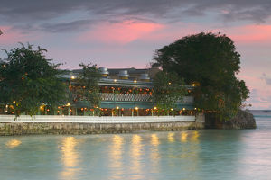 BARBADOS, St. Lawrence Gap, Waterfront Restaurant, Picses
