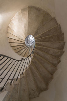 architecture/europe italy venice spiral stairwell credit as