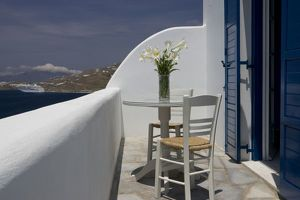 cafe tables chairs/greece mykonos hora balcony table chairs docked