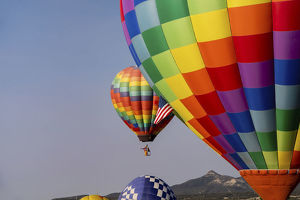 places/hot air balloon bringing color sky editorial