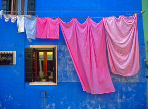 architecture/italy burano drying laundry colorful window