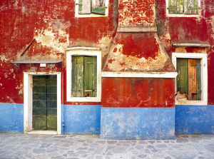 architecture/italy burano weathered window walls credit as