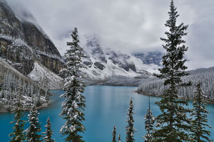 landscape/lake moraine fresh late summer snow banff national