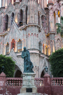 North America;Mexico;San Migel de Allende;Statue at the Parroquia Archangel Church