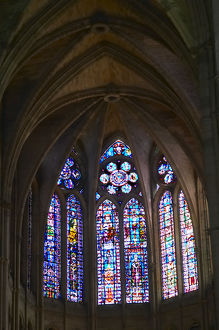 reims cathedral stained glass windows altar reims