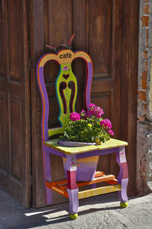 architecture/san miguel allende mexico colorful painted chair