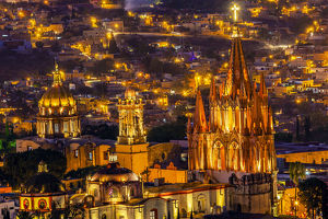 San Miguel de Allende, Mexico, Miramar Overlook Night Parroquia Archangel Church Close Up