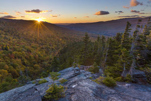 usa/new hampshire/sunset seen dome rock new hampshires white mountain