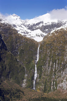 sutherland falls milford track fiordland national
