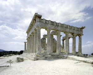 Temple of Aphaia at Aegina. Greek architecture