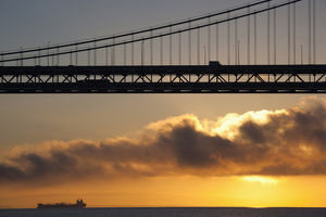 USA, California, San Francisco, Embarcadero, Bay Bridge, dawn
