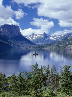 <b>Waterton Glacier International Peace Park</b><br>Selection of 35 items