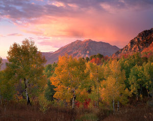 USA, Utah, Wasatch Mountains, Sunset on Mount Timpanogas