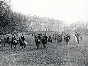 Leconfield Opening Meet, Petworth House – November 1938