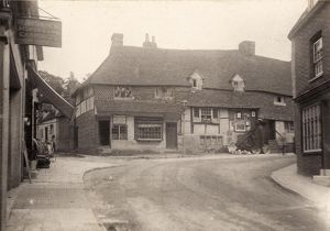 Midhurst: cottages on Knockhundred Row, 1902