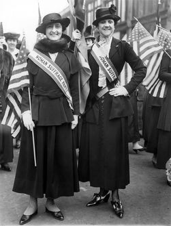AMERICAN SUFFRAGISTS. Playwright Mercedes de Acosta and her sister demonstrating