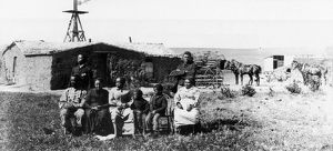 african american history/black homesteaders moses speese family outside