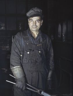 whats new/blacksmith 1943 daniel anastazia blacksmiths
