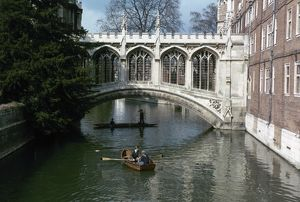 CAMBRIDGE UNIVERSITY. Bridge of Sighs, St. John's College.