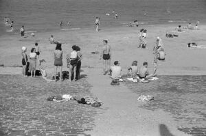whats new b/chicago beach 1941 ohio street bathing beach