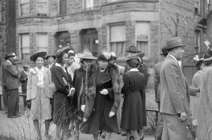 whats new b/chicago easter 1941 congregation outside church