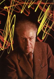 EDGAR VARÈSE (1883-1965). French-born American composer