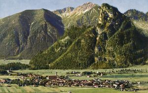 GERMANY: OBERAMMERGAU. View of the town of Oberammergau in Bavaria, Germany. Photograph