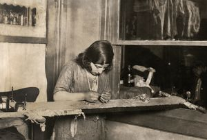 miscellaneous/hine child labor 1923 13 year old girl embroidering