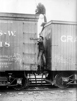 anthropology/hobos c1915 hoboes fighting railroad cars
