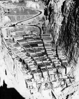 whats new/hoover dam 1934 aerial view construction site