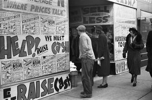 whats new/illinois shoppers 1939 pedestrians storefront