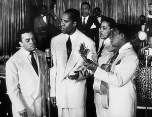 THE INK SPOTS, c1945. Popular American vocal group the Ink Spots, photographed in