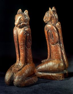 NATIVE AMERICAN CARVINGS. Southeastern Native American (Calusa) carved wooden cat figures