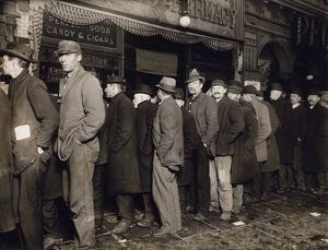 NEW YORK: BREAD LINE, 1907. Unemployed workers in a New York City bread line, 1907.