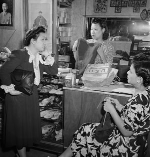 whats new/new york chinatown 1942 women gift shop chinatown